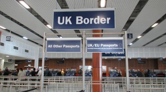 英国入境.jpg