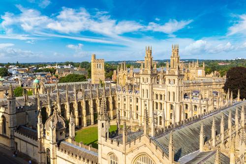 英国商科排名靠前的大学